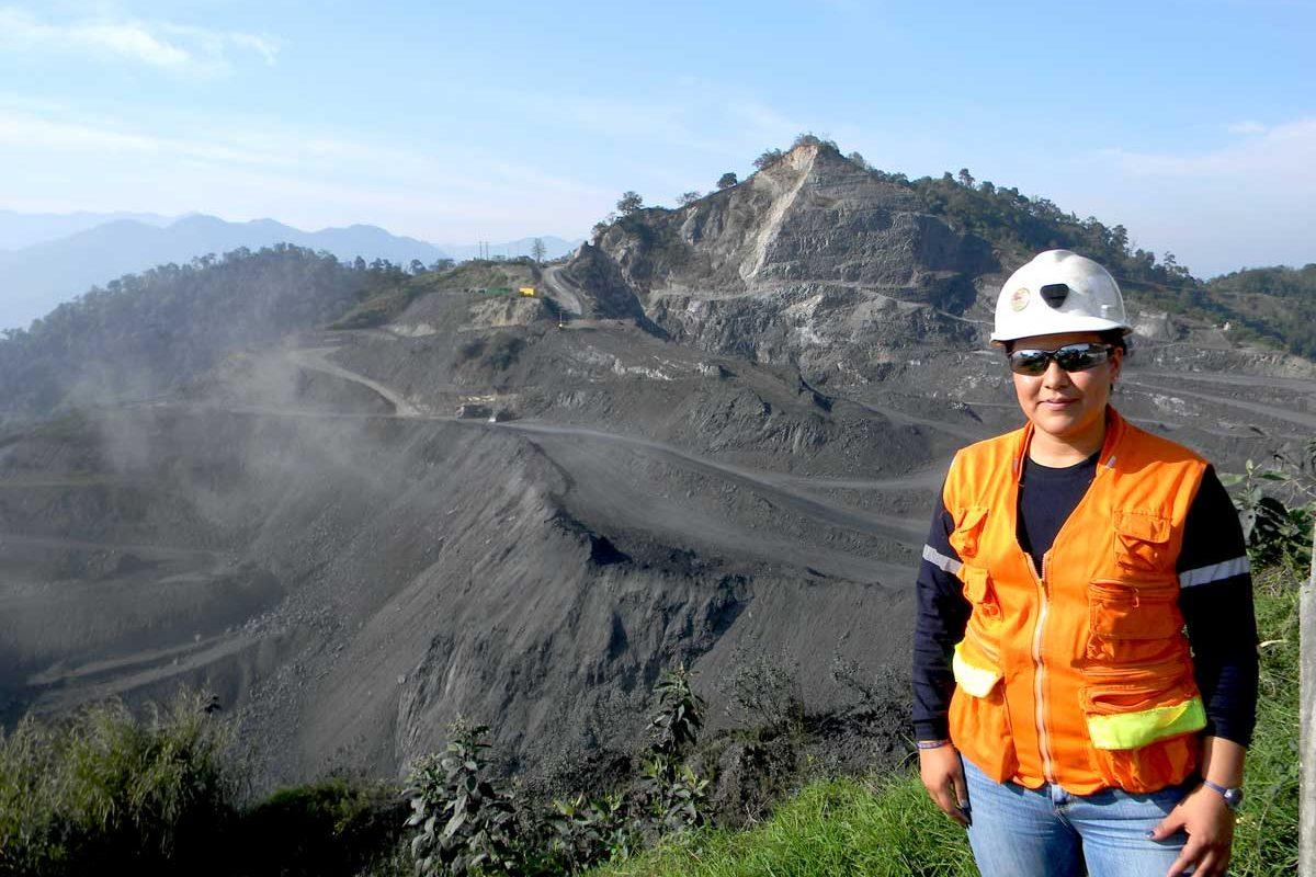 Minería Con Rostro de Mujer